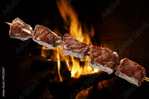 Papiers peints Grill, Barbecue barbecue on a stick