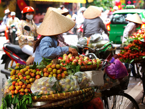 Photo  Street vendors, Vietnam