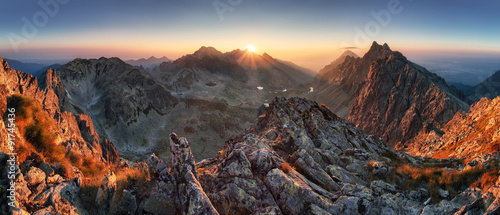 Poster Bergen Sunset panorama mountain nature autumn landscape, Slovakia