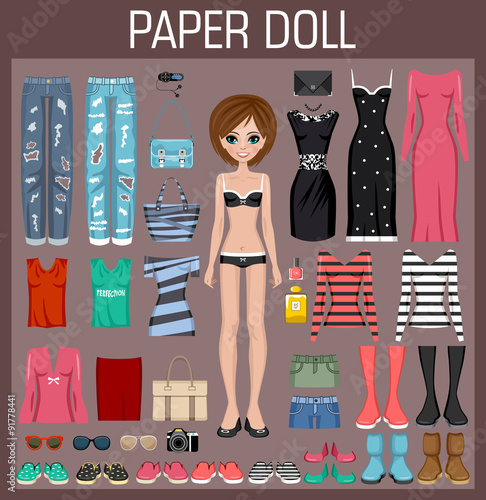 Photographie Paper doll with clothes