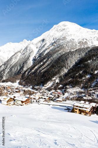 Fotobehang Wintersporten Ski resort Soelden
