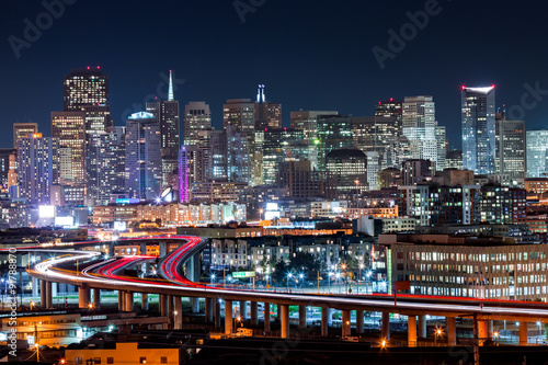 Keuken foto achterwand San Francisco San Francisco skyline with rush hour traffic on the winding highways
