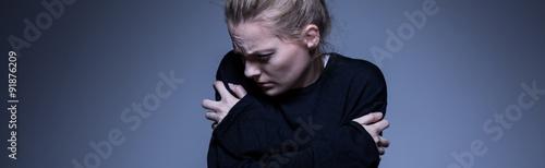 Foto Skinny woman with mental illness
