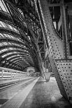 Milan Central Station - Binary
