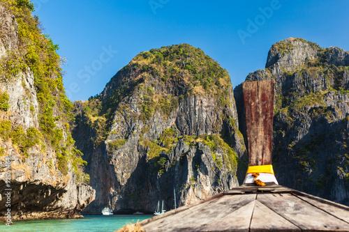 Leinwand Poster  Approaching Maya Bay
