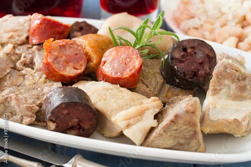 Foto  typical portuguese dish cozido a portuguesa