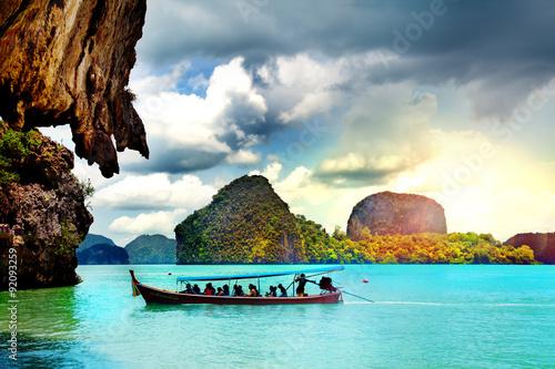Fotografie, Obraz  Hermoso paisaje de playa en Tailandia. Phuket. Playa Paradisíaca