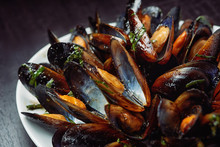 Seafood - Steamed Mussels On W...