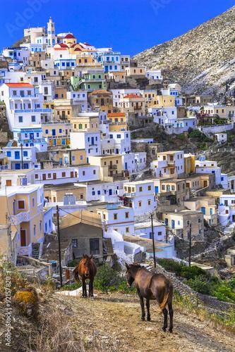 tradycyjne-miasteczko-w-grecji-olimpos-na-wyspie-karpathos