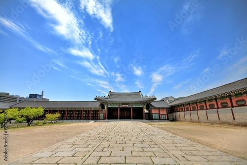 Photo  韓国 世界遺産 景福宮 勤政門の風景
