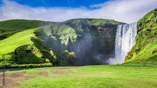 Fototapety, obrazy: Spectacular Skogafoss waterfall in Iceland