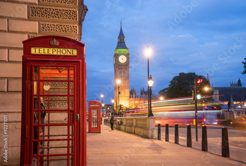 Papiers peints Con. ancienne Big Ben and Westminster abbey in London, England