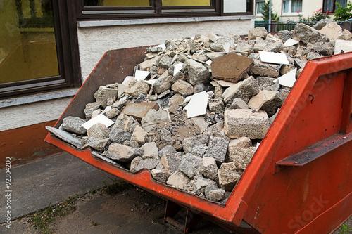 Cuadros en Lienzo Contenedor de residuos de la construcción