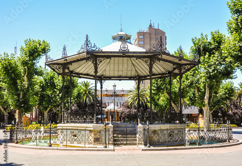 In de dag Muziekwinkel Badajoz, Extremadura, pabellón musical del Paseo de San Francisco,