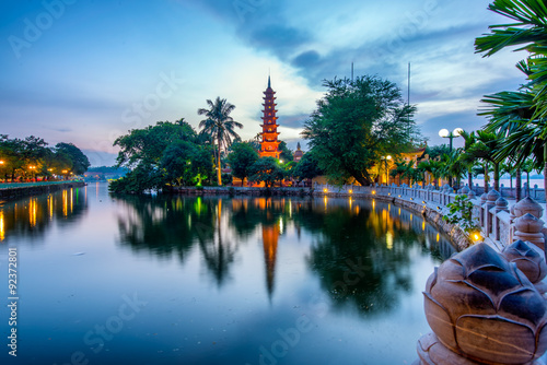 The Tran Quoc Pagoda in Hanoi is the oldest pagoda in the city, originally constructed in the sixth century during the reign of Emperor Ly Nam De. (from 544 until 548), more than 1,450 years.