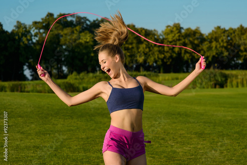 images of girls jumping rope № 13274
