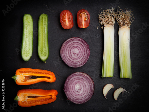 Fototapeta Healthy Organic Vegetables on a black Background obraz na płótnie