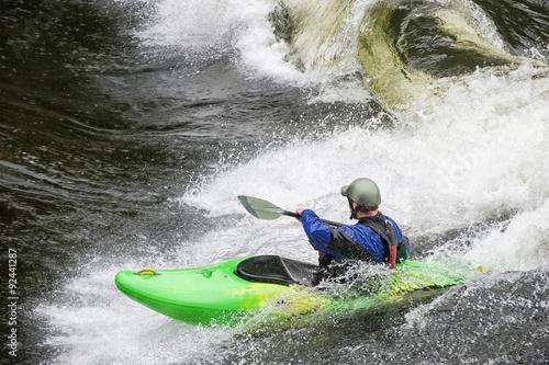 Valokuva  Surfing Kayaker