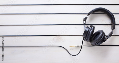 Photo  art music studio background with dj  headphones