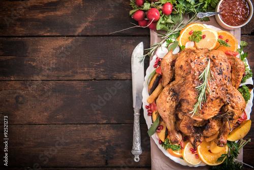 Fotobehang Kip Served roasted turkey with vegetables