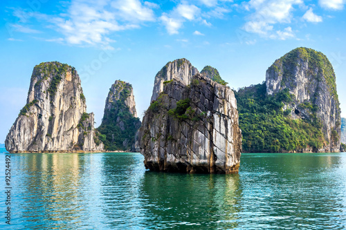 Photo  Beautiful scenery at Halong Bay, North Vietnam.
