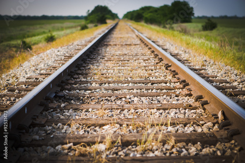 Poster Voies ferrées Railway, Railroad, Train Tracks, Green Pasture, Selective Focus