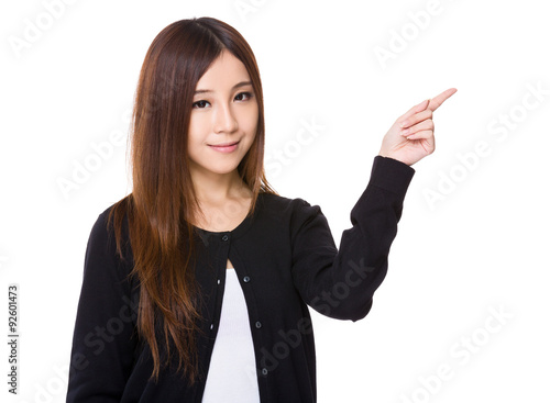Fotografía  Asian woman with finger point up
