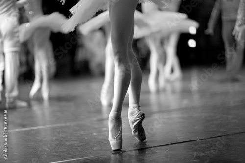 Fotografie, Obraz  Long and lean ballet dancers legs