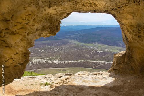 widok-z-okna-jaskini