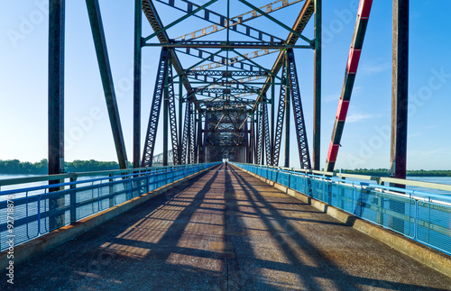 Foto op Canvas Route 66 U.S.A. Missouri, St Louis area, Route 66, the old Chain of Roks bridge on the Mississippi river