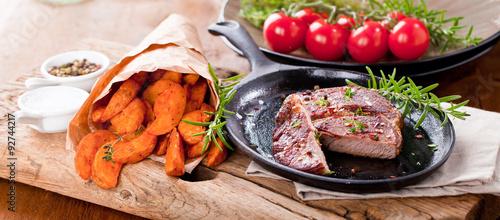 Foto op Plexiglas Japan Steak zubereitung