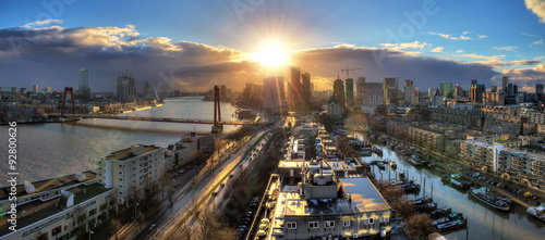 Spoed Fotobehang Rotterdam Beautiful sunset panorama of the city of Rotterdam, the Netherlands, with the river Meuse.