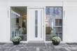 canvas print picture - weisse Haustür mit Glaseinsatz