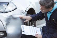 Auto Workshop Mechanic Inspect...