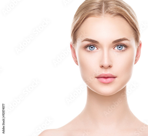 Photo Beautiful woman with perfect fresh clean skin