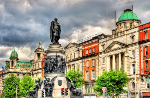 Monument of Daniel O'Connell in Dublin - Ireland Canvas Print