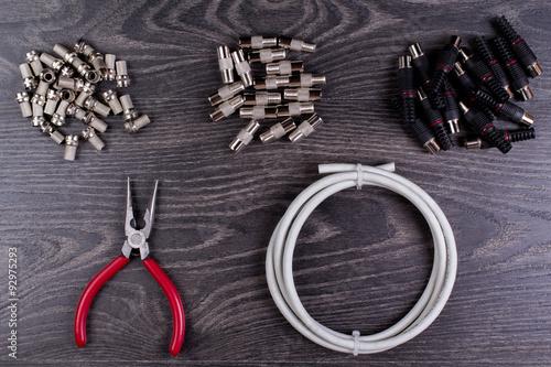 Fotografía  Tapones de antena y herramientas