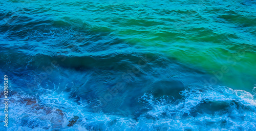 Foto auf Acrylglas Bestsellers Blue green sea surface