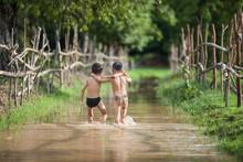 Two Kids Walking Neck To Swim,childrens Thai