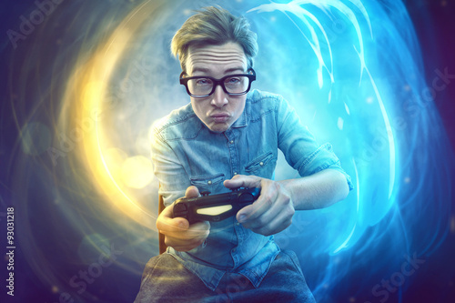 Nerdy gamer with controller - 93031218