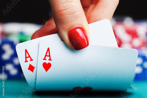 Two aces and gambling chips плакат
