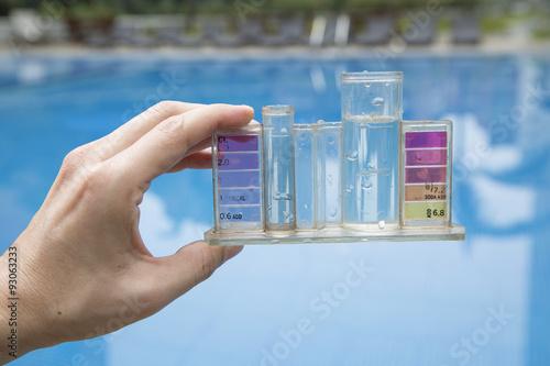 Medidor de PH y cloro de piscina - mantenimiento