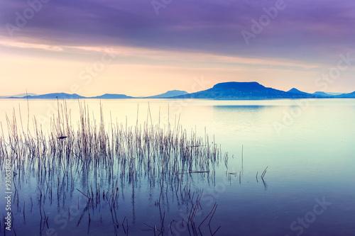 Photo  Beautiful sunset in lake Balaton