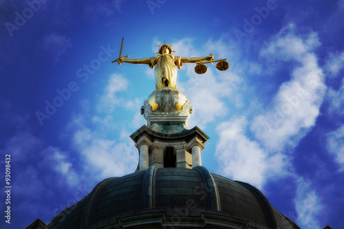 Lady Justice On The Old Bailey, London Canvas Print