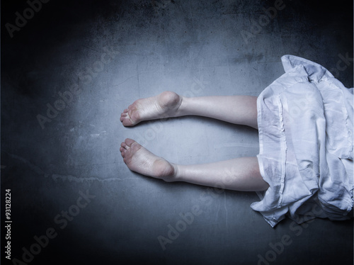 Photo  death corpse lying down
