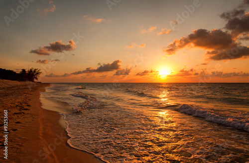 Photographie  Beach at sunset, Varadero, Cuba