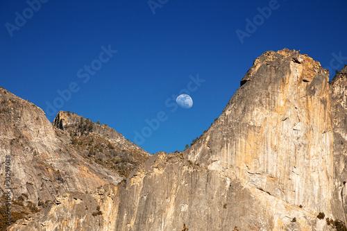 Fotobehang Natuur Park Yosemite moonrise