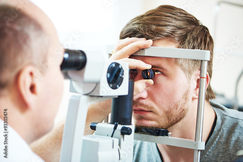 Fotografía  Examen de la vista Oftalmología