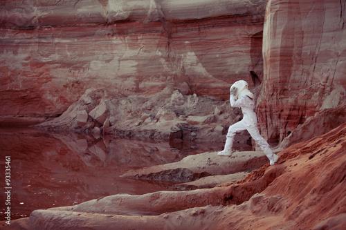 Montage in der Fensternische Kastanienbraun Water on Mars, futuristic astronaut, image with the effect of