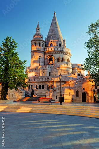 Fotografie, Obraz Budapest - Fisherman bastion at sunrise